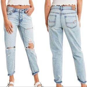 AE Super Distressed Ripped Light Wash Tomgirl Jean